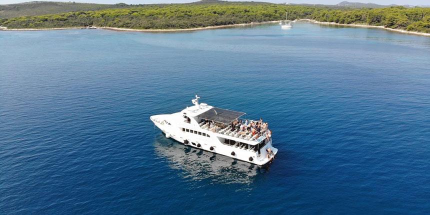 sakarun beach excursions from Zadar