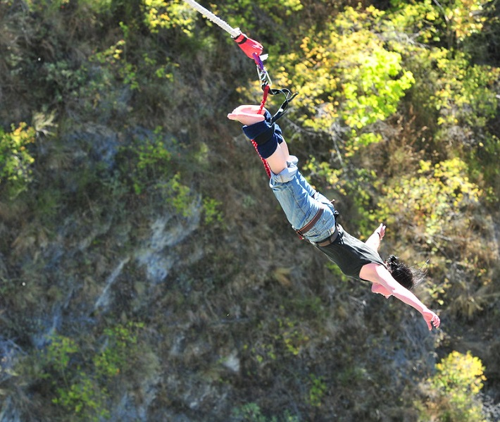 A person performing a bungee jump